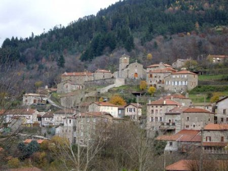 Le village de Saint-Julien-Vocance